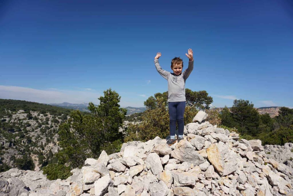 Hiking the calanques with kids. Walking trails near Cassis, France.