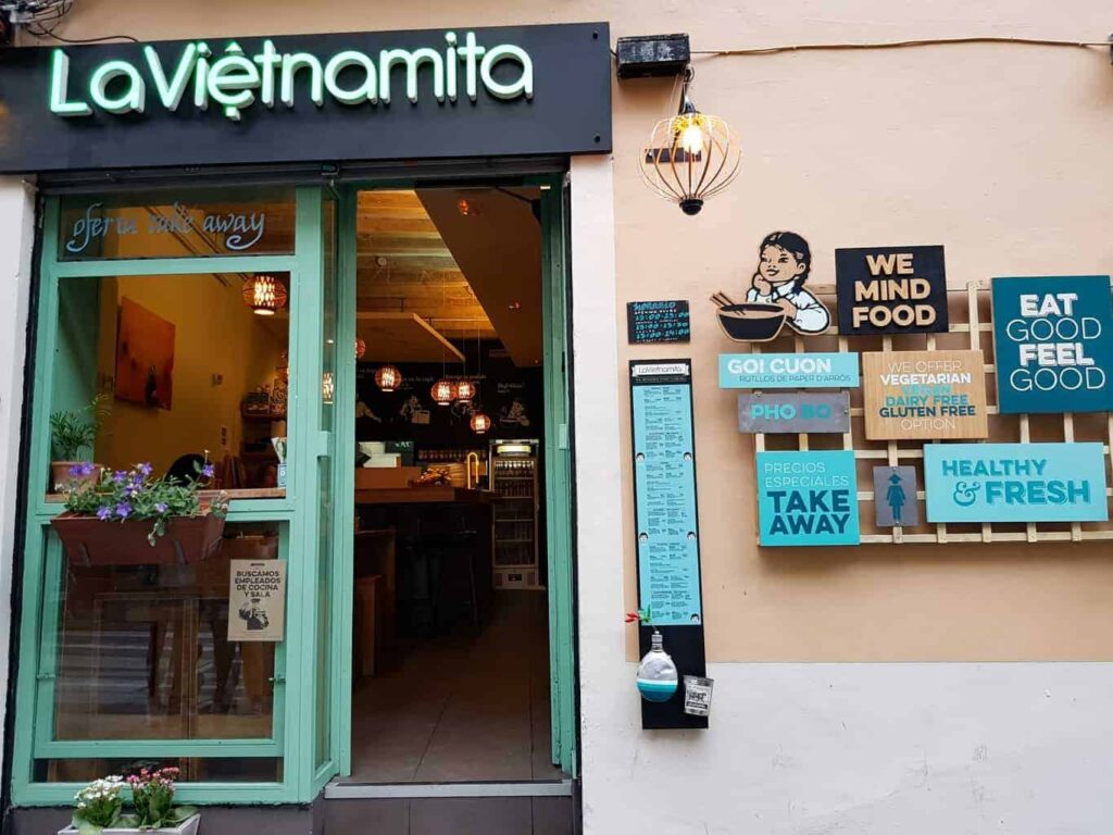Where to eat authentic food in Barcelona