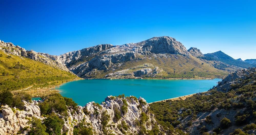 Where to go on holiday in winter. Sierra de Tramuntana, Mallorca