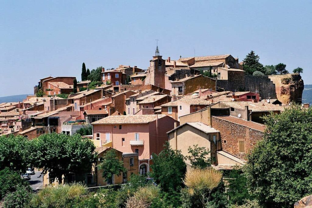 Where to stay in Provence France. Best villages to stay in Provence.