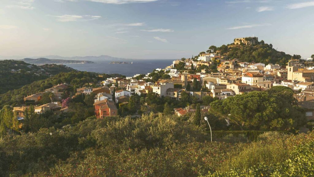 Begur village is located near the coast in Catalonia, Spain. It makes an excellent day trip from Barcelona.