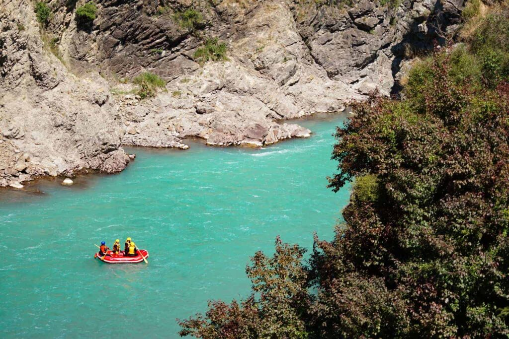White water rafting in Hanmer Springs is one of the best things to do in new Zealand