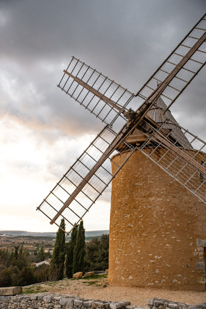 Windmill in Saint-Saturnin-d'Apt, Provence, France