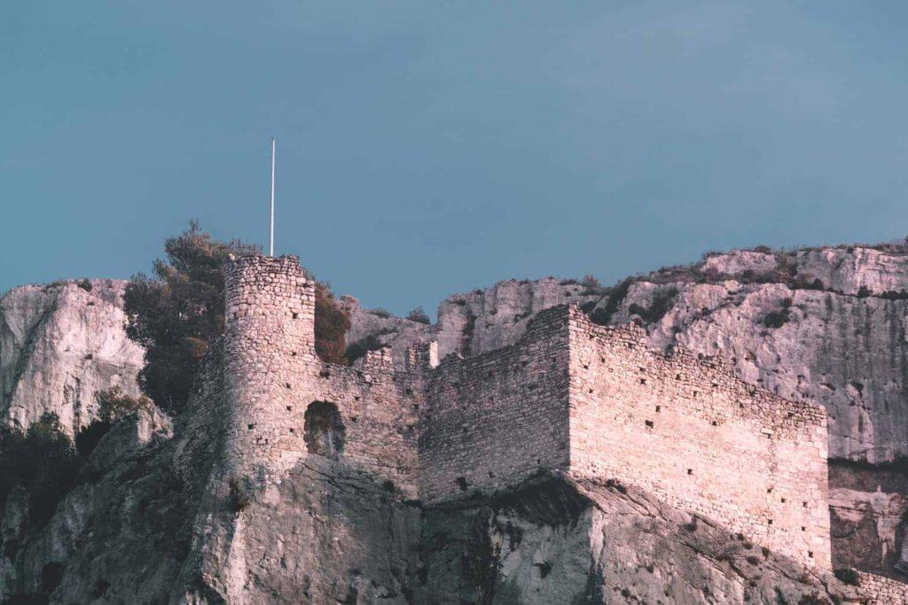 10 secret castles in Provence, France