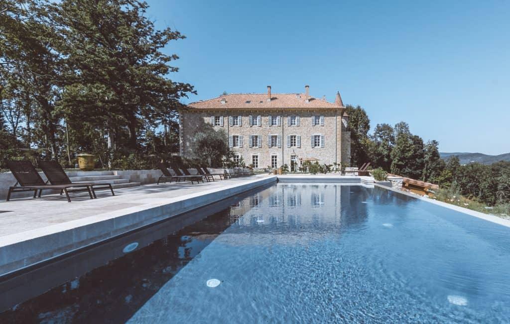 Château Les Oliviers de Salettes - Castle hotel in France