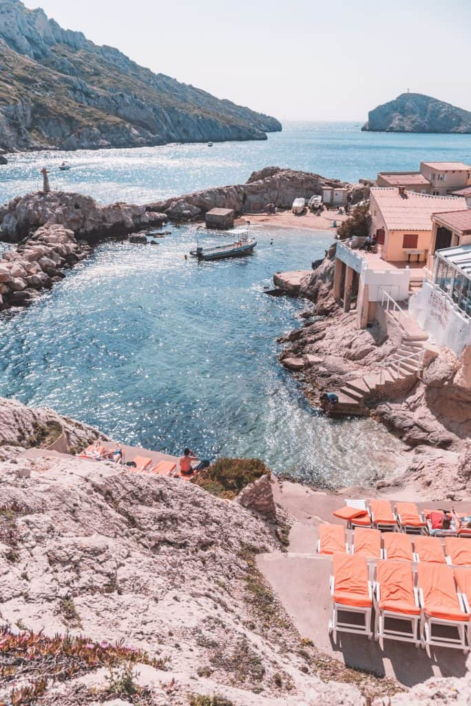 Sun loungers for hire at the Baie des Singes - Monkey Bay - near Les Goudes