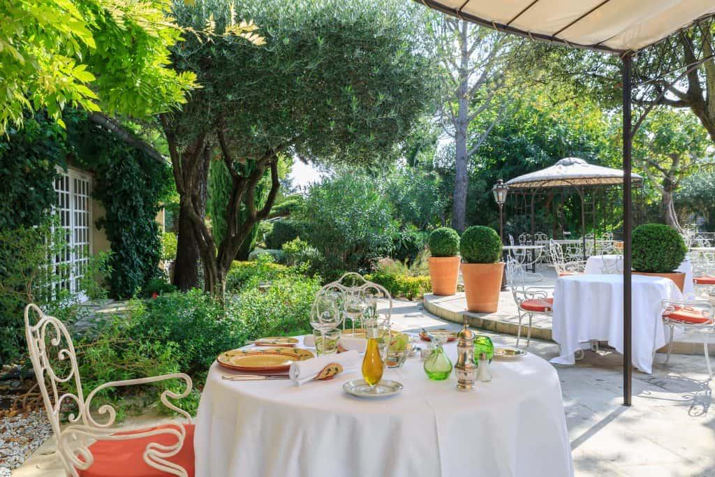 Auberge de Cassagne & Spa – 5* Hotel Near Avignon
