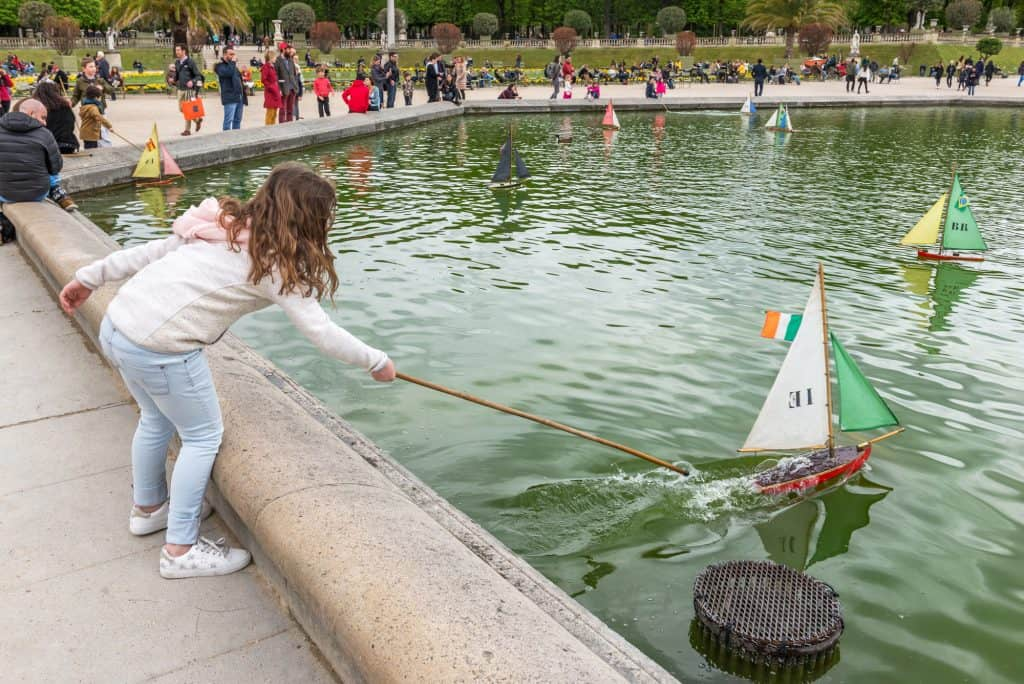 Jardin du Luxembourg in Paris with kids