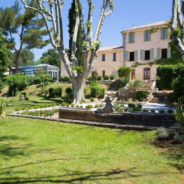 Domaine & Cie - countryside hotel near Aix en Provence