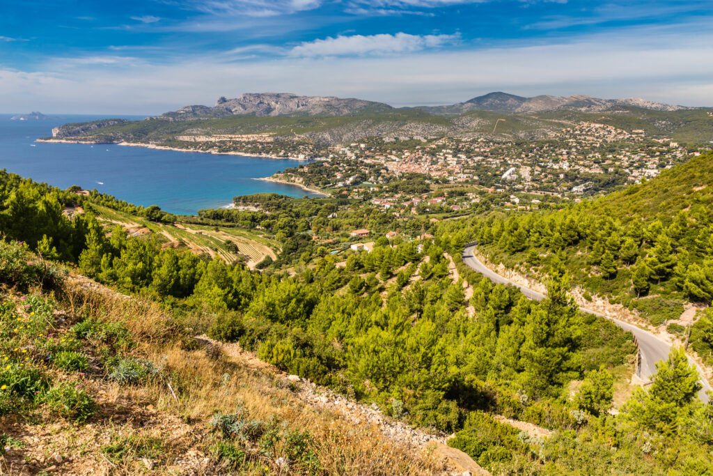 How to get to Cassis, France