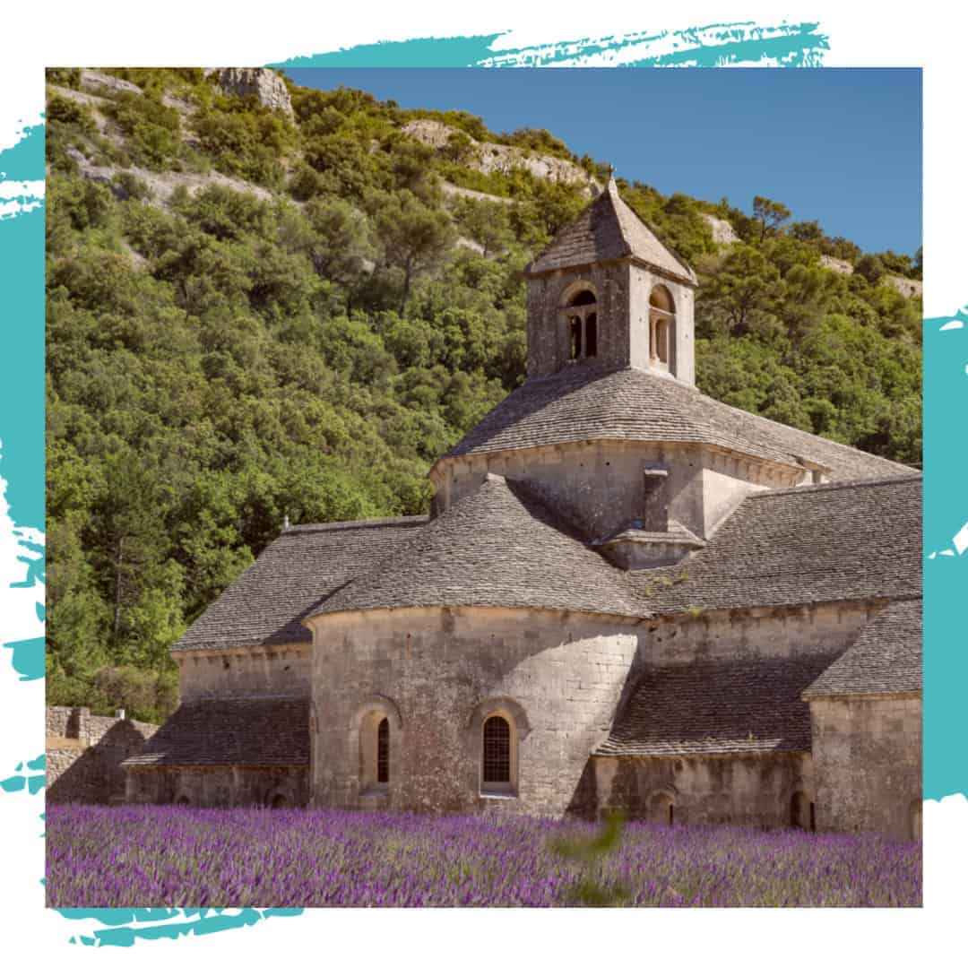 LUBERON TRAVEL GUIDES