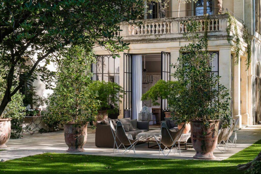 Airbnb in Avignon historic centre