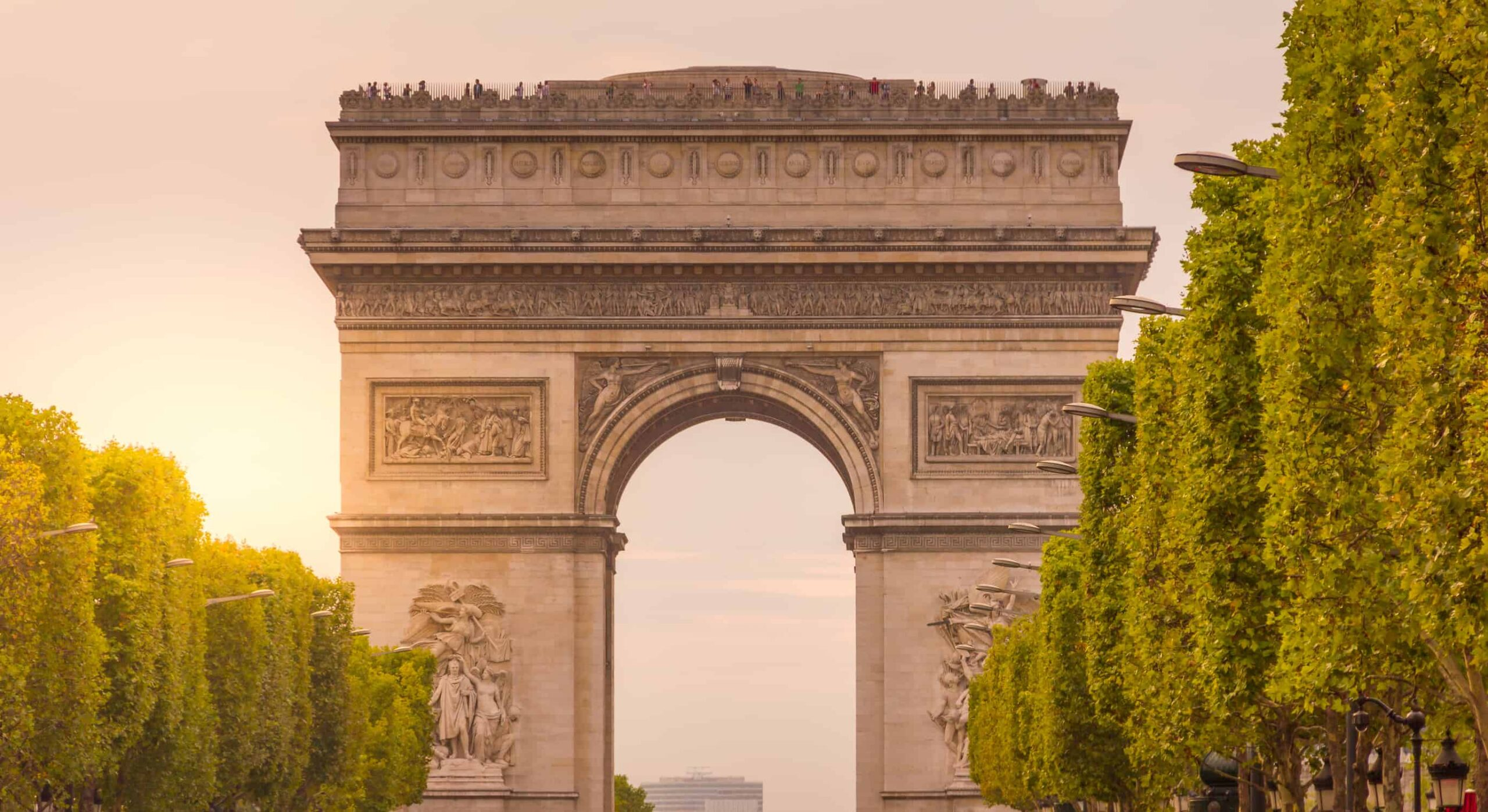 Famous French Landmarks to see once in your lifetime.