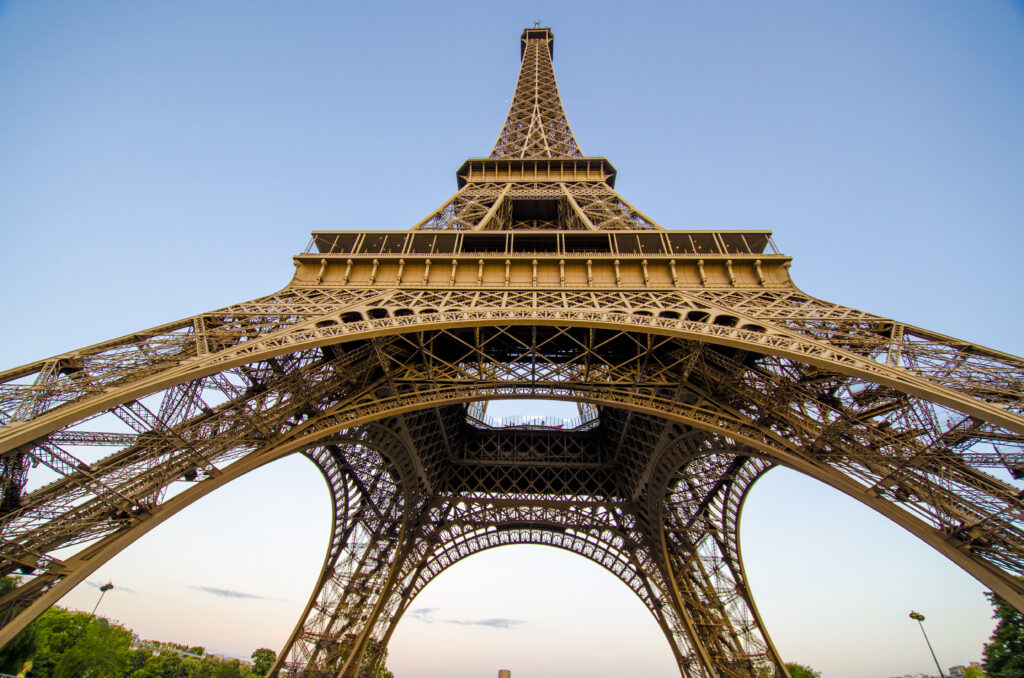The eiffel tower is one of the most famous landmarks in France